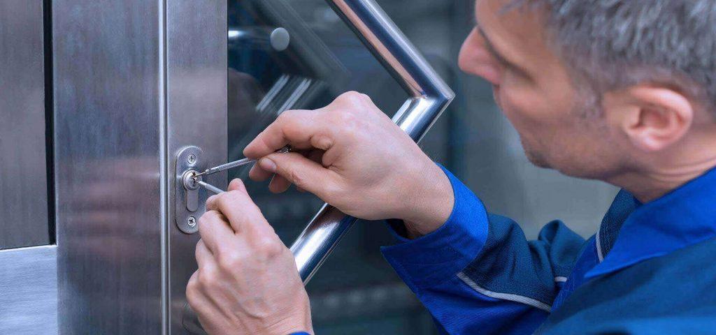 Wir sind Ihr KEO & WKO🇦🇹 geprüfter 24h Aufsperrdienst-Schlüsseldienst in Wien und Umgebung.