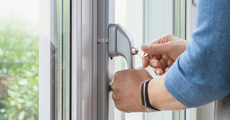 Fenster Stangenschloss | Einbruchschutz für Tür und Fenster - SMARTKEY
