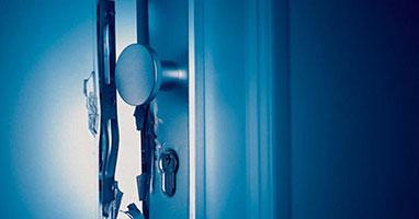 Einbruchsoforthilfe - Einbruchabsicherung - Schutz vor Einbruch - Einbruchschutz - SMARTKEY